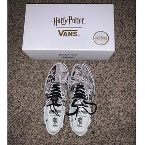 Harry Potter Daily Prophet Vans
